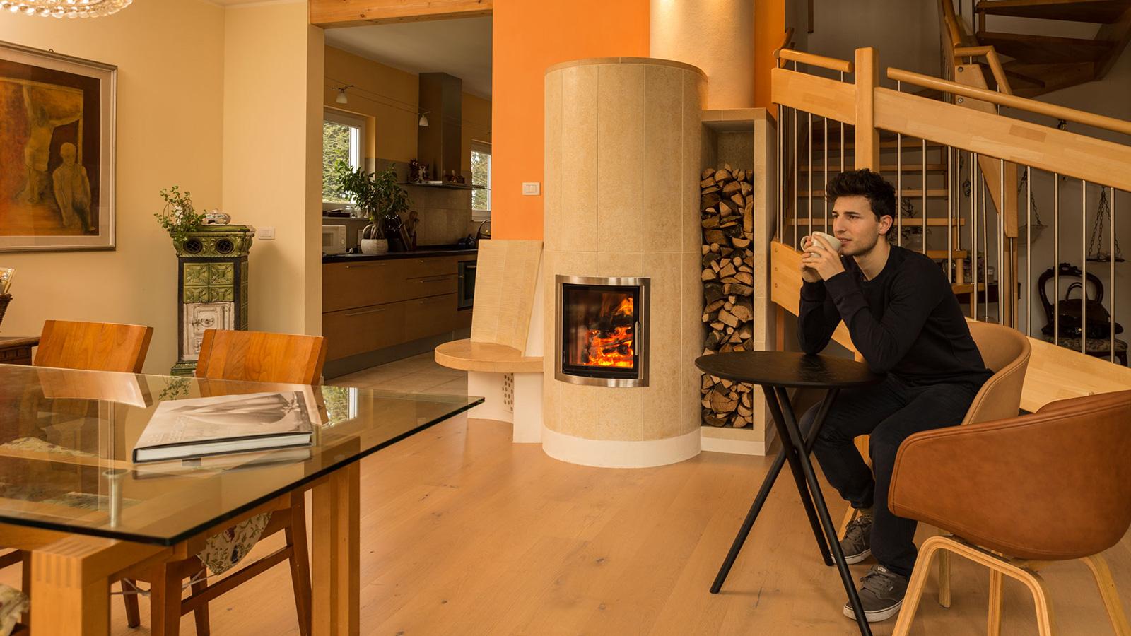 Stufe camini e forni a legna su misura la stube di for Planimetrie uniche della casa